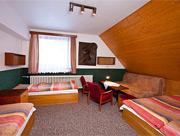 Juniorhotel ROXANA - pokoj