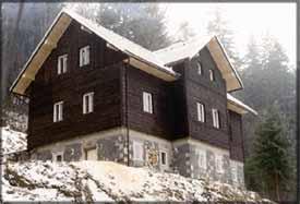 Chata NA ČERNÉM POTOCE (zima)