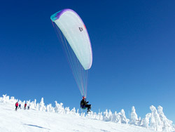 paragliding-high